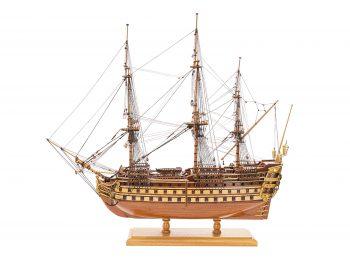 Maquette de collection - Mistral Maquettes - La Bretagne - 92 cm - vue latérale bâbord
