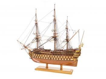 Maquette de collection - Mistral Maquettes - La Bretagne - 92 cm - vue latérale bâbord arrière
