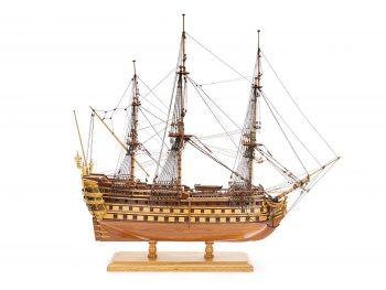 Maquette de collection - Mistral Maquettes - La Bretagne - 92 cm - vue latérale tribord