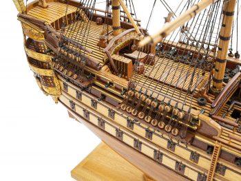 Maquette de collection - Mistral Maquettes - La Bretagne - 92 cm - vue plongeante tribord pont arrière