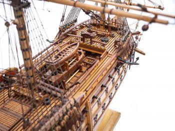 Maquette de collection - Mistral Maquettes - La Bretagne - 92 cm - vue plongeante tribord pont avant