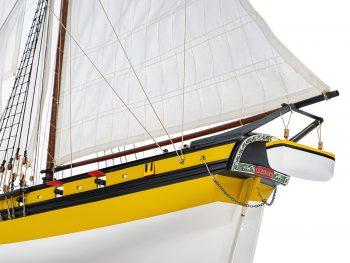 Maquette d'exposition entièrement montée - Mistral Maquettes - Le Renard - 64 cm - vue bâbord poupe