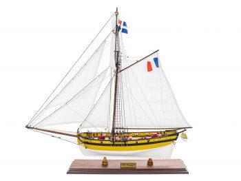 Maquette d'exposition entièrement montée - Mistral Maquettes - Le Renard - 64 cm - vue latérale bâbord