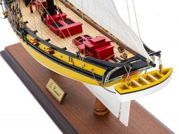 Maquette d'exposition entièrement montée - Mistral Maquettes - Le Renard - 64 cm - vue plongeante bâbord poupe