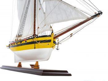 Maquette d'exposition entièrement montée - Mistral Maquettes - Le Renard - 64 cm - vue tribord proue