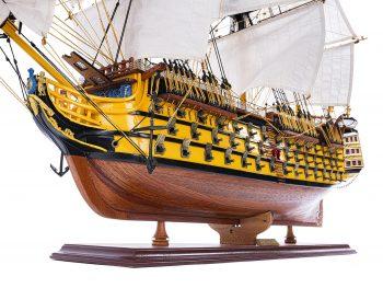 Maquette d'exposition entièrement montée - Mistral Maquettes - Victory - 98 cm - Vue bâbord poupe