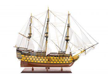 Maquette d'exposition entièrement montée - Mistral Maquettes - Victory - 98 cm - Vue latérale tribord