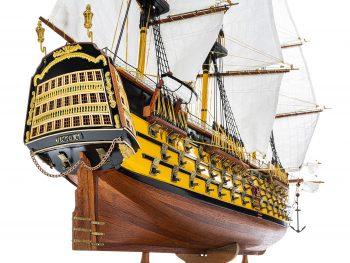Maquette d'exposition entièrement montée - Mistral Maquettes - Victory - 98 cm - Vue poupe