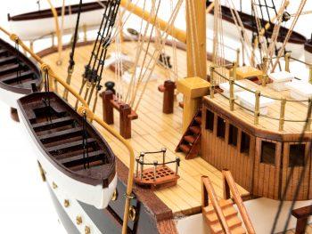 Maquette d'exposition entièrement montée - Mistral Maquettes – Amerigo Vespucci - 90 cm – vue détaillée pont arrière