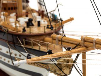 Maquette d'exposition entièrement montée - Mistral Maquettes – Amerigo Vespucci - 90 cm – gros plan beaupré