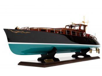 Maquette en bois entièrement montée - Mistral Maquettes – Yacht Aphrodite - 90 cm - vue bâbord avant