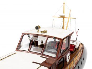 Maquette en bois entièrement montée - Mistral Maquettes – Yacht Aphrodite - 90 cm - vue bâbord roof cabine pilotage