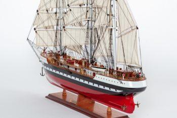 Maquette de collection montée du voilier Belem (90 cm), vue d'ensemble babord arrière