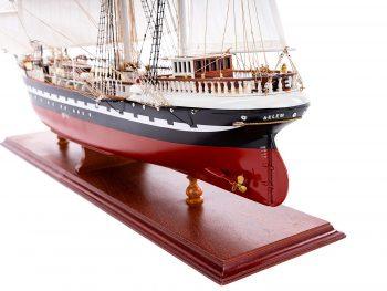 Maquette d'exposition entièrement montée – Mistral Maquettes - Belem (1/75ème - 81 cm) - vue latérale arrière babord