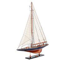Maquette de collection montée de l'Endeavour (60 cm), vue d'ensemble