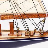 Maquette de collection montée de l'Endeavour (60 cm), vue détaillée de la poupe