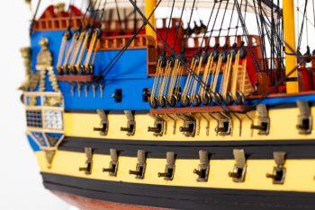 Maquette de collection montée du galion La Licorne (80 cm), gros plan sur la poupe vue tribord