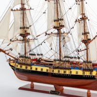 Maquette de collection montée du galion Hermione (75 cm), vue d'ensemble babord