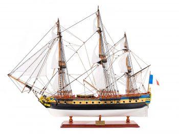 Maquette de collection montée de l'Hermione Musée (1/89 ème - 74 cm ) - vue latérale babord