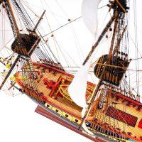 Maquette de collection montée de l'Hermione Musée (1/89 ème - 74 cm ) - vue plongeante globale 2