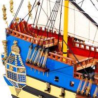 Maquette de collection montée du galion La Licorne (80 cm), gros plan sur le pont arrière