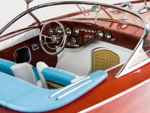 Maquette d'exposition entièrement montée – Mistral Maquettes - Aquarama Bleu - 90 cm - vue tribord détail cockpit