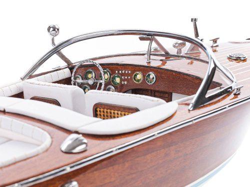 Maquette d'exposition entièrement montée - Mistral Maquettes - Aquarama blanc - 53 cm - vue détaillée tribord tableau des commandes