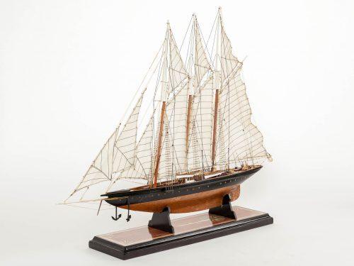 Maquette d'exposition entièrement montée – Mistral Maquettes - Atlantic - 78 cm - Vue globale babord avant