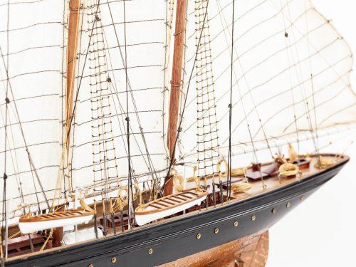 Maquette d'exposition entièrement montée – Mistral Maquettes - Atlantic - 78 cm - Vue plongeante babord arrière
