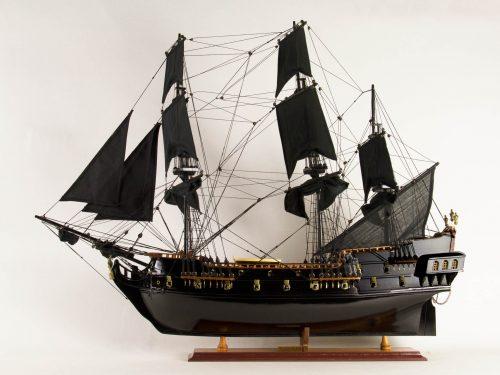 Maquette d'exposition entièrement montée – Mistral Maquettes - Black Pearl - 88 cm - vue babord