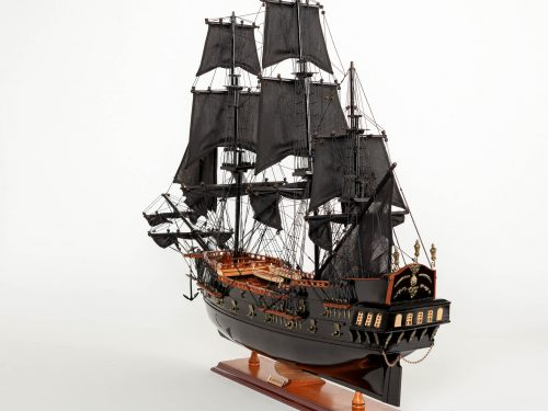 Maquette d'exposition entièrement montée – Mistral Maquettes - Black Pearl - 88 cm - vue globale babord arrière