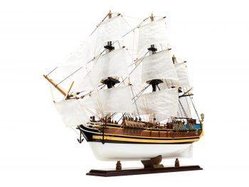 Maquette d'exposition entièrement montée - Mistral Maquettes - Le Bounty - 72 cm -