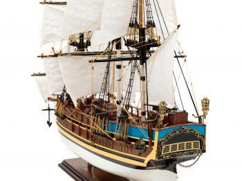 Maquette d'exposition entièrement montée - Mistral Maquettes - Le Bounty - 72 cm - vue bâbord arrière 2