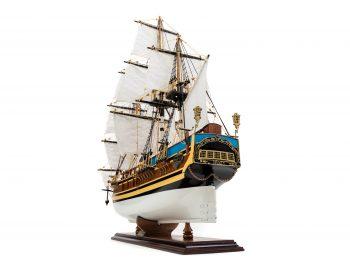 Maquette d'exposition entièrement montée - Mistral Maquettes - Le Bounty - 72 cm - vue bâbord arrière