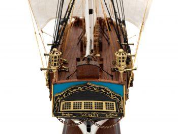 Maquette d'exposition entièrement montée - Mistral Maquettes - Le Bounty - 72 cm - Vue poupe