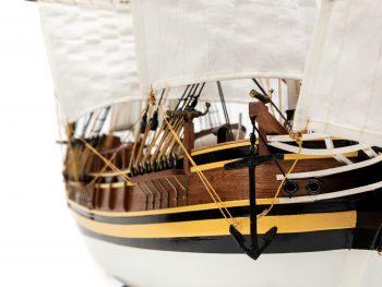 Maquette d'exposition entièrement montée - Mistral Maquettes - Le Bounty - 72 cm - vue proue tribord