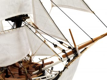 Maquette d'exposition entièrement montée - Mistral Maquettes - Le Bounty - 72 cm - mât de beaupré