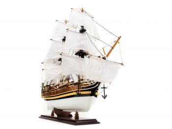 Maquette d'exposition entièrement montée - Mistral Maquettes - Le Bounty - 72 cm - vue tribord avant