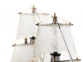 Maquette d'exposition entièrement montée - Mistral Maquettes - Le Bounty - 72 cm - détail voiles
