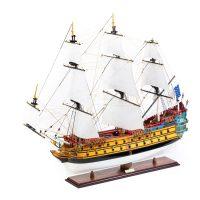Maquette d'exposition entièrement montée – Mistral Maquettes – Galion La Licorne (85 cm), vue latérale bâbord avant