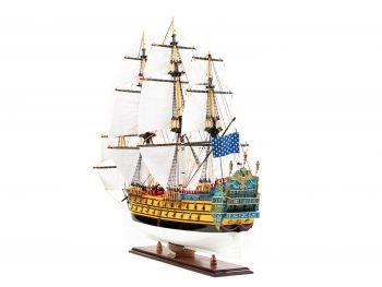 Maquette d'exposition entièrement montée – Mistral Maquettes – Galion La Licorne (85 cm), vue bâbord arrière