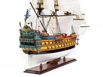Maquette d'exposition entièrement montée – Mistral Maquettes – Galion La Licorne (85 cm), vue tribord arrière