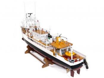 Maquette d'exposition entièrement montée - Mistral Maquettes - La Calypso - 85 cm - vue globale bâbord arrière