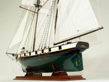 Maquette d'exposition entièrement montée –Mistral Maquettes - La Recouvrance - 80 cm - vue bâbord poupe