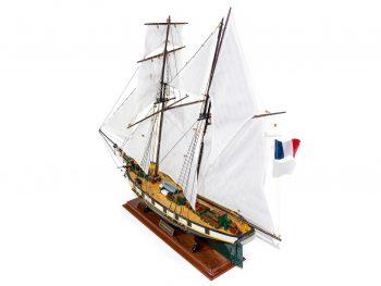 Maquette d'exposition entièrement montée –Mistral Maquettes - La Recouvrance - 80 cm - vue plongeante globale bâbord arrière