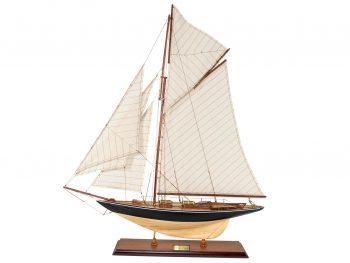 Maquette d'exposition entièrement montée –Mistral Maquettes - Le Pen Duick - 74 cm - vue globale latérale bâbord