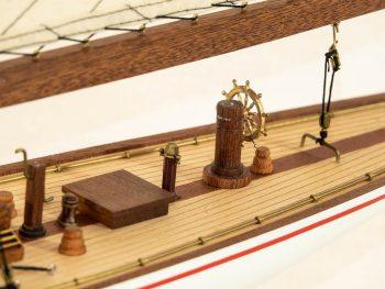 Maquette d'exposition entièrement montée –Mistral Maquettes - Le Rainbow - 62 cm - vue détaillée pont arrière