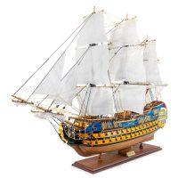 Maquette d'exposition entièrement montée –Mistral Maquettes - Le Royal Louis - 94 cm - vue globale bâbord avant