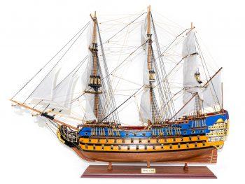 Maquette d'exposition entièrement montée –Mistral Maquettes - Le Royal Louis - 94 cm - vue latérale globale