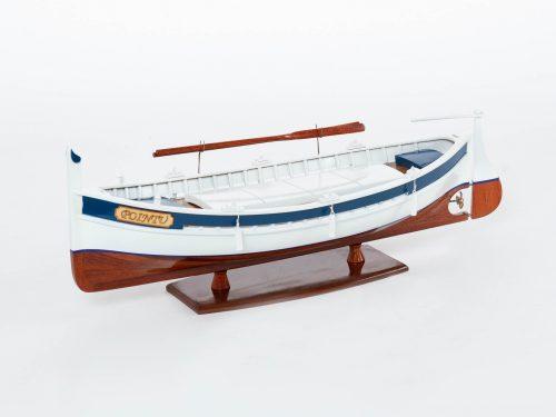 Maquette d'exposition entièrement montée – Mistral Maquettes - Pointu - 50 cm - Vue latérale babord avant